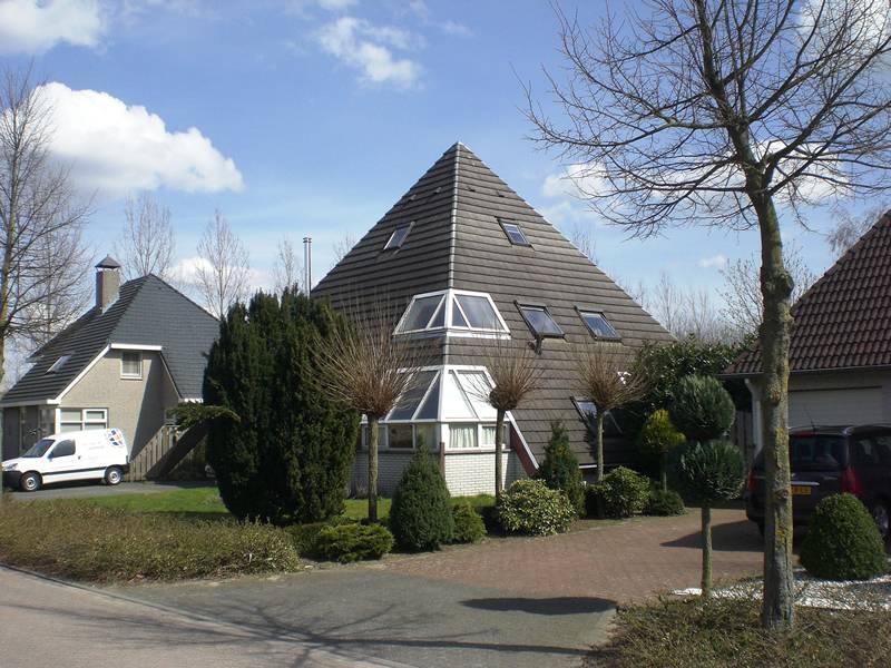 Piramide – als experimentele woning